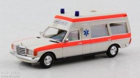 Mercedes VF 123 KW Ambulance NL