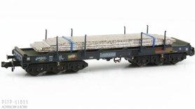 NS staalwagen beladen met staalplaten Type Sahmms