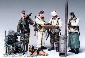 Duitse soldaten in overleg