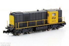 """NS 2400 diesellocomotief geel/grijs A-sein analoog """"2418"""""""