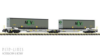 AAE T2000 beladen met MOVE trailers