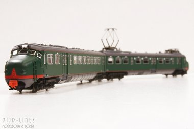 NS Hondekop treinstel bloedneus. 324