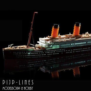 R.M.S. Titanic met LED Set
