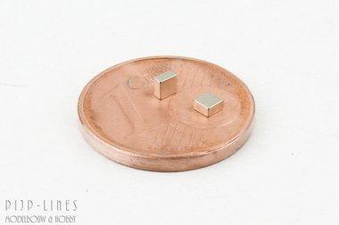 Twee magneten vierkant MINI