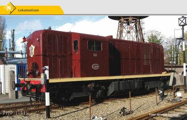 NS 2400 diesellocomotief bruin L-sein analoog