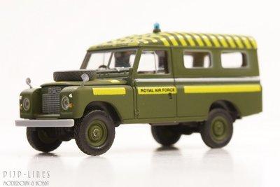 Land Rover 109 'Royal Air Force'