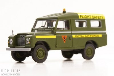 Land Rover 109 'Royal Air Force' 'FLIGHT SAFETY'