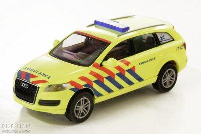 Audi Q7 noodarts Ambulance