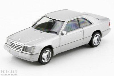 MB E320 Coupé Zilver