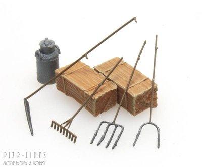 Zeis, hooihark, hooivork en schoppen
