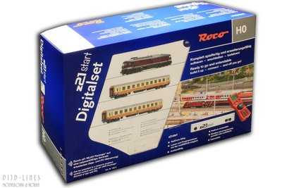 """Digitale startset z21start. DR Diesellocomotief BR 132 """"SOUND"""" met reizigerstrein"""