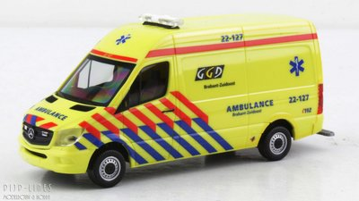 Herpa 936958 Mercedes Benz Sprinter Ambulance