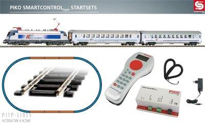 "Piko 59002 Digitale startset ""PIKO Smartcontrol light"" PKP Intercity trein"