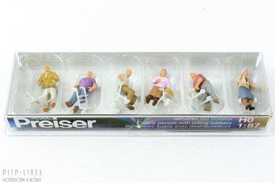 Preiser 10718 Senioren met rollator 1:87 H0